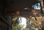 Johnny's Squeeze Inn