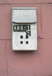 806 1/2 Mailbox